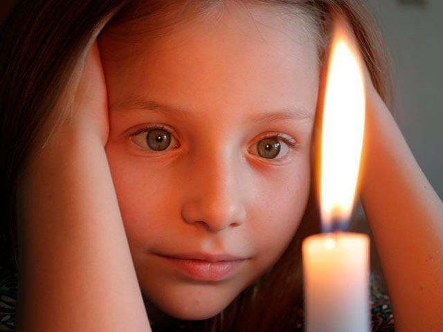 Тратака на свечу Фото