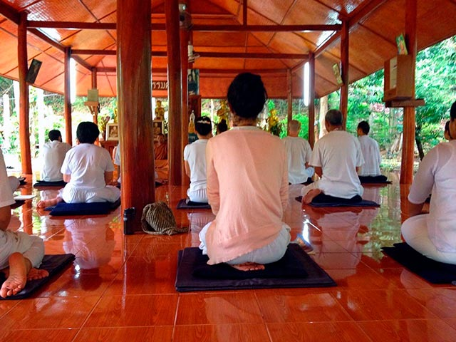 Буддистская медитация Випассана Фото