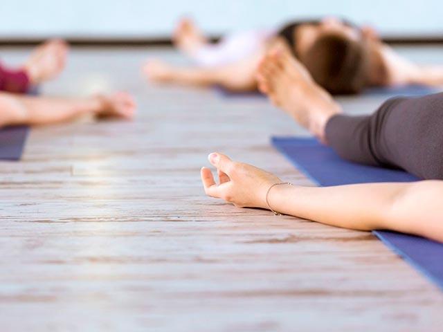 Практика йога нидра Фото