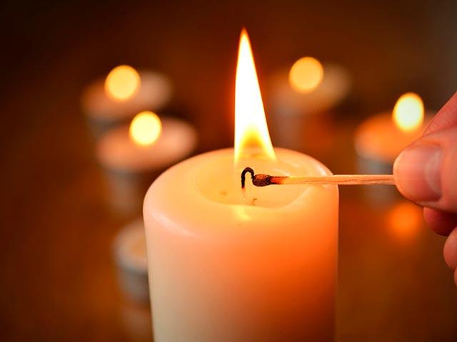 Практика со свечой Фото