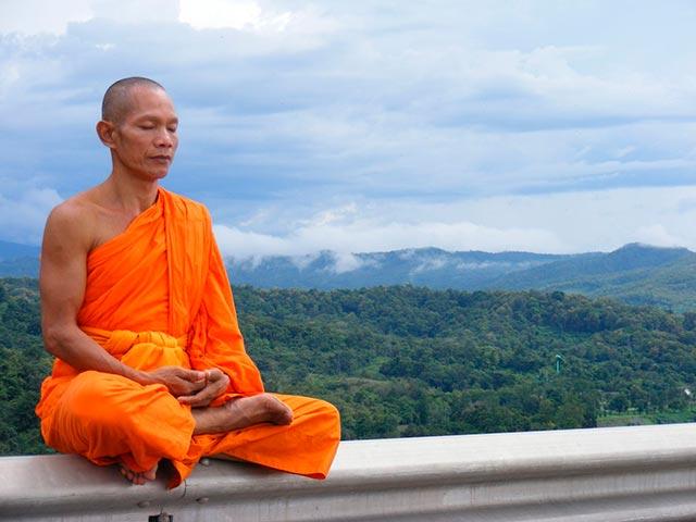 Практика буддийской медитации Фото