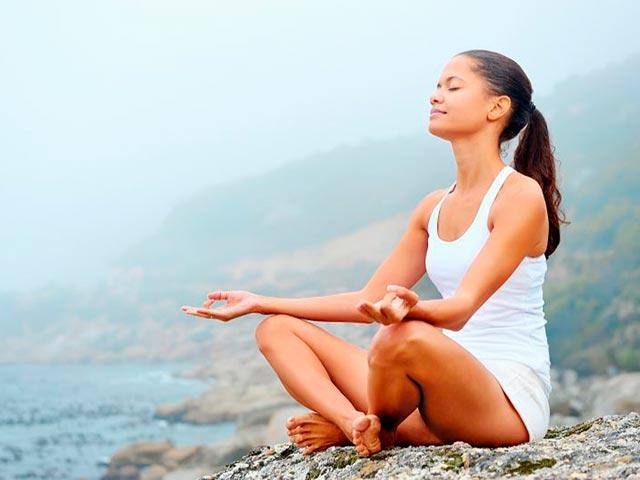 Медитация Будды Фото